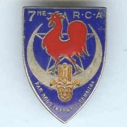 7° RCA, coq rouge, épingle...