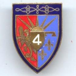 4° RH, griffon sur rouge,...