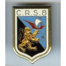 CRS 8, en deux pièces, 2...