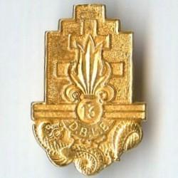 13° DBLE, insigne en or,...